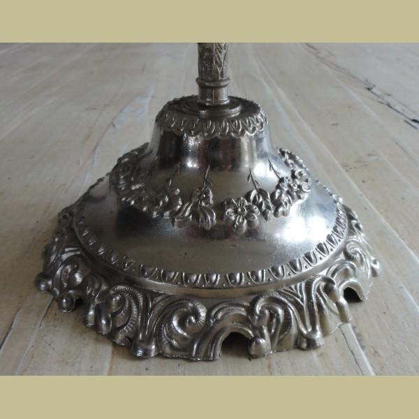 Mooie Keukenspullen : Gerestyled & Gepimpt > Brocante etagere met mooie bewerkte voet