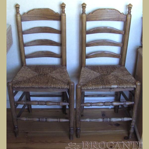 3 Antieke stoelen met rieten zitting   La Brocanti