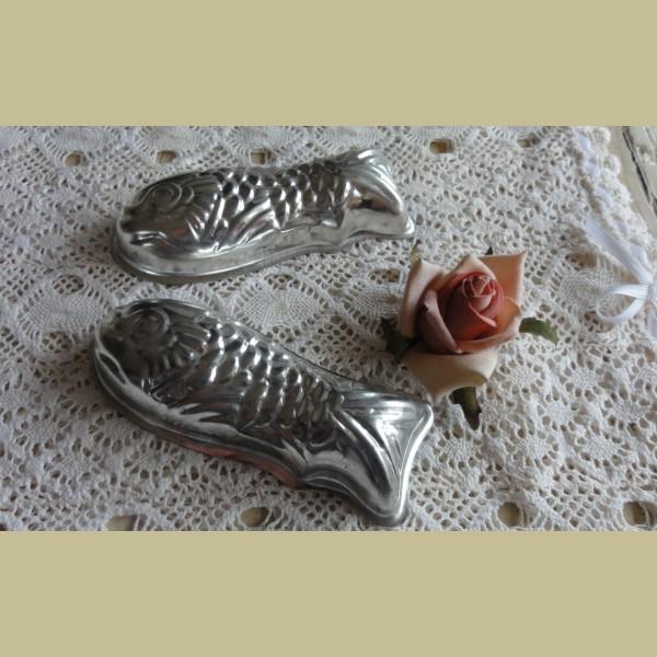 Brocante Keukenspullen : Keukenspullen > Brocante bakvormpje vis