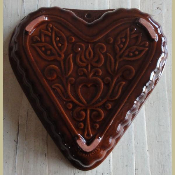 Brocante Keukenspullen : Keukenspullen > Brocante bruine puddingvorm / bakvorm hart, BAY