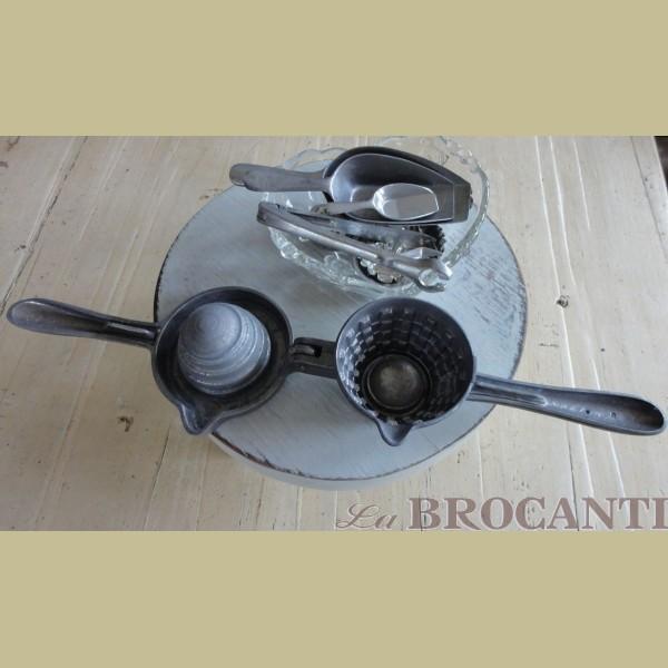 Brocante Keukenspullen : Keukenspullen > Brocante citruspers