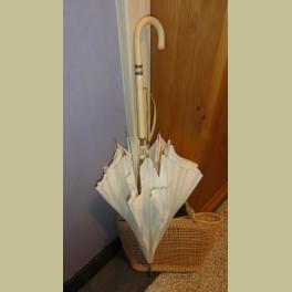 Oude brocante nylon paraplu, creme
