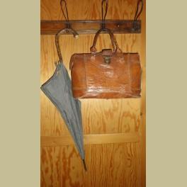 Oude brocante stoffen paraplu, donkergrijs