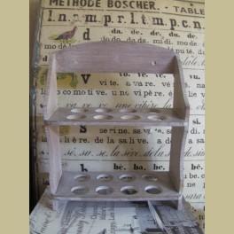 Brocante white wash eierrekje voor 16 eieren