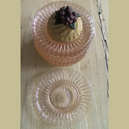 Brocante licht roze glazen gebaksbordjes, 11 stuks