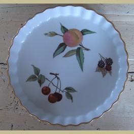 Engelse Royal Worchester Evesham Quiche ovenschaal met fruit motief