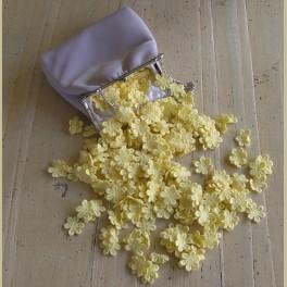 Brocante poeder roze hangbeursje met gele kanten bloemetjes