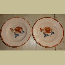 2 Franse zalmroze borden met rozen, Digoin Sarreguemines
