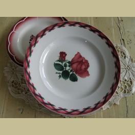 Groot Frans bord met rode rozen, Ecosse Luneville