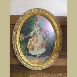 Brocante ovale lijst met borduurwerk nostalgische vrouw