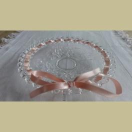 Brocante glazen schaaltje met rozen en lint