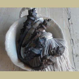 2 Oude brocante Franse koperen embrasse haken