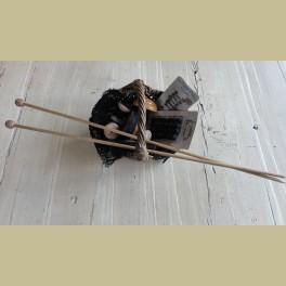 Brocante set grote houten breinaalden