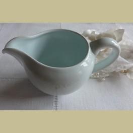 Brocante lichtblauw melkkannetje, Goedewaagen