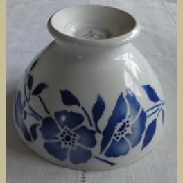 Oude Franse spoelkom met blauwe bloemen