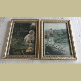 2 oude ingelijste prenten met spelende kinderen bij rivier