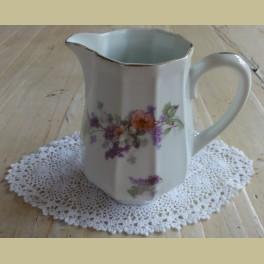 Franse brocante melkkannetje met bloemetjes, Limoges