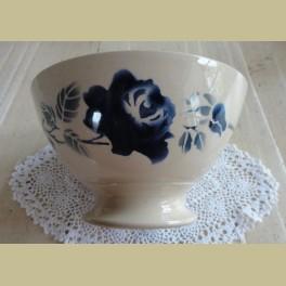 Franse brocante spoelkom blauwe roos , K et G (Luneville)