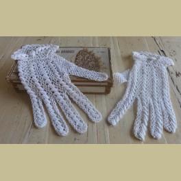 Witte Franse brocante gehaakte dames handschoentjes