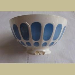 Klein Frans oude brocante spoelkommetje met oud blauw motief