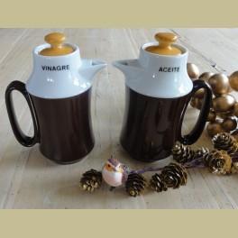 Vintage Spaanse olie en azijn kannetjes