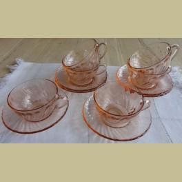 Franse roze glazen thee kop en schotels, Arcoroc Catalogus Products