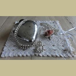 Oude kerstslinger met zilverkleurige glazen balletjes , 1.25 mtr