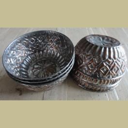 6 oude brocante koperen kommetjes / schaaltjes / vormpjes