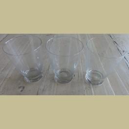 3 brocante gegraveerde drinkglazen, 9,7 cm