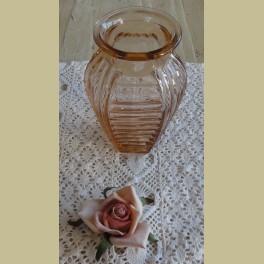 Frans roze glazen vaasje