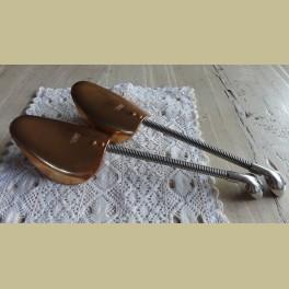 Vintage koperkleurige schoenspanners Pedor