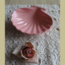 Roze Frans gietijzeren zeepbakje