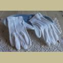 Franse brocante witte kinderhandschoentjes