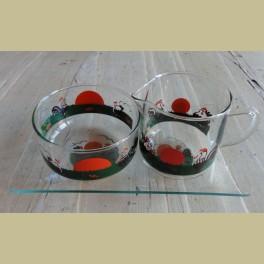 Vintage glazen roomstelletje met haan en kuikentjes
