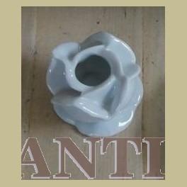 Frans wit porseleinen roos kandelaartje