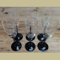 Franse champagne glazen met zwarte voet, Luminarc