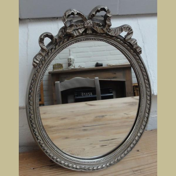 Brocante Zilveren Spiegel.Brocante Zilverkleurige Spiegel Met Strik La Brocanti