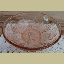 Vintage roze glazen kom met druiven motief
