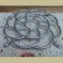 Duitse brocante aluminium (pannen) onderzetter