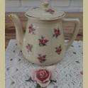 Franse brocante lichtgele theepot met roze roosjes