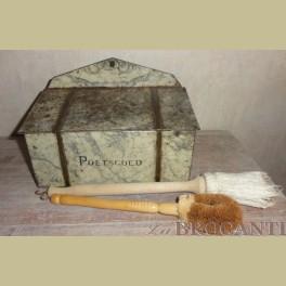 Antieke poetsgoed blik, poetsdoos