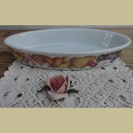 Wit porseleinen ovenschaal met fruitmotief